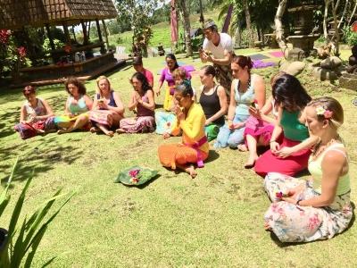 Yoga, mini golf, picnics
